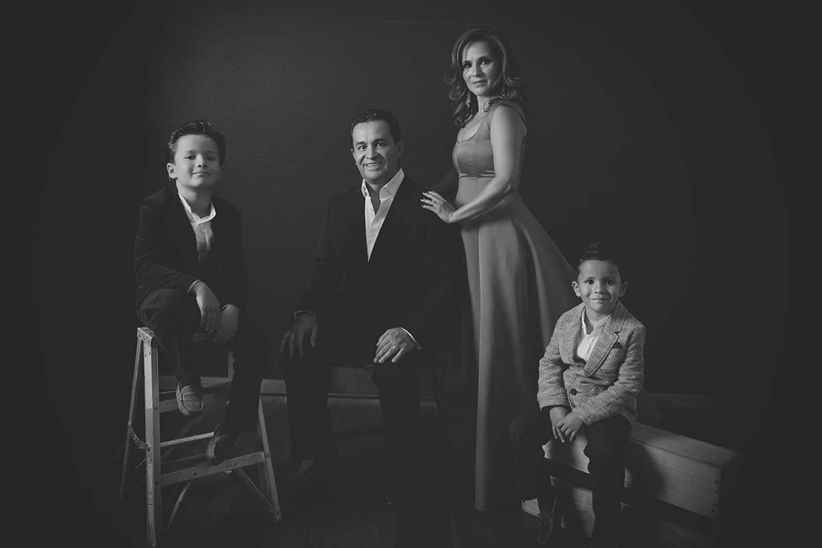 FAMILY PORTRAITS BY HOMERO ALEMAN 475