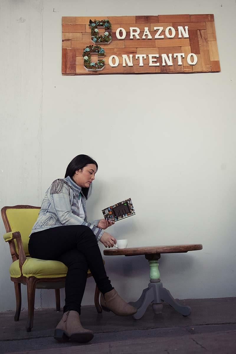PERSONAL BRANDING PHOTOGRAPHY-HOMERO ALEMAN PHOTOGRAPHY- RETRATO CORPORATIVO - MODEL AND ARTIST BOOK- FOTOGRAFO CORPORATIVO MEXICO - FOTOGRAFO DE RETRATO MEXICO - FOTOGRAFIA PROFESIONAL PARA CV - FOTOGRAFIA PROFESIONAL LINKEDIN -LIFESTYLE BRANDING
